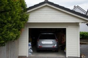 5341445-garage-and-car